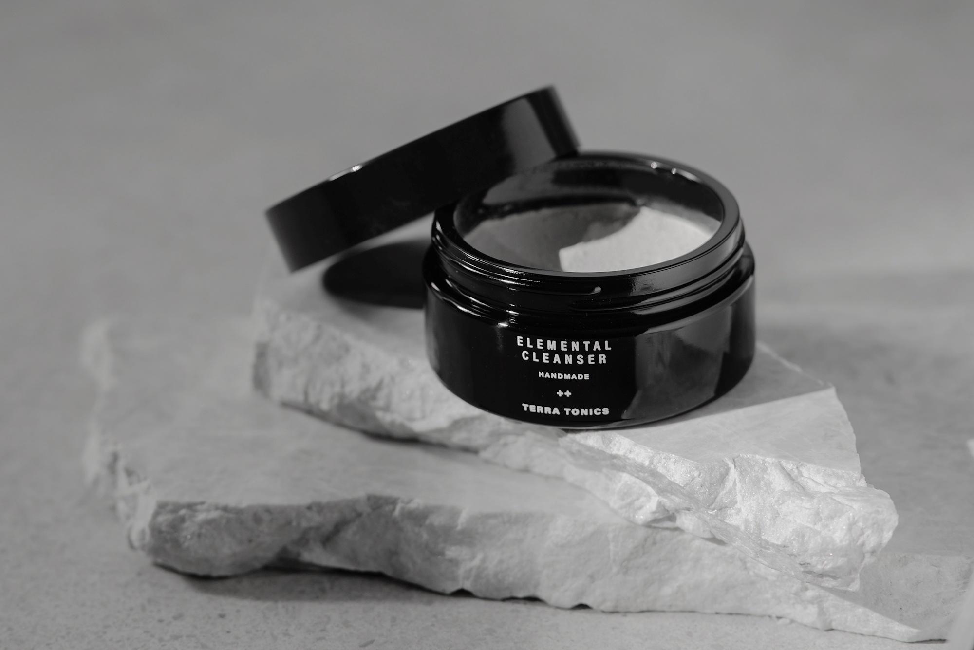 TERRA TONICS – Nettoyant visage | Détoxifiant | Démaquillant - 60ML